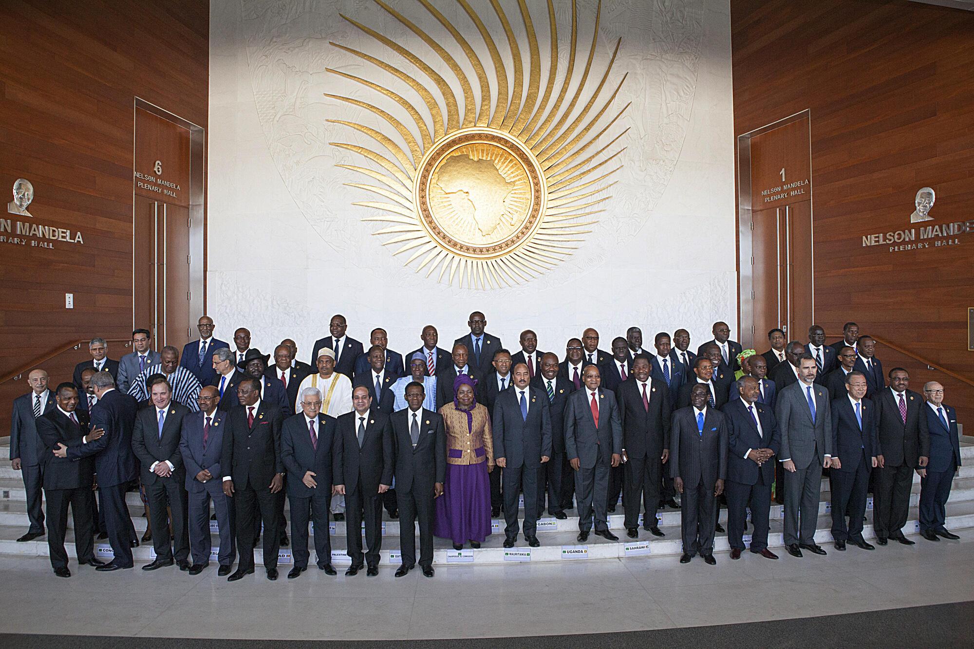 Les chefs d'Etat et de gouvernement de l'Union africaine, lors de la cérémonie d'ouverture du 24e sommet à Addis-Abeba, le 30 janvier 2015.