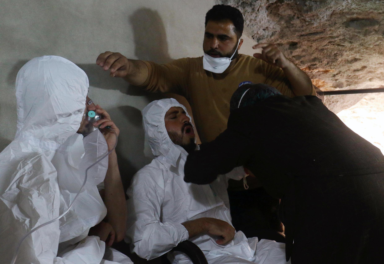 Wasu daga cikin wadanda harin makami mai guba ya ritsa da su a Syria.