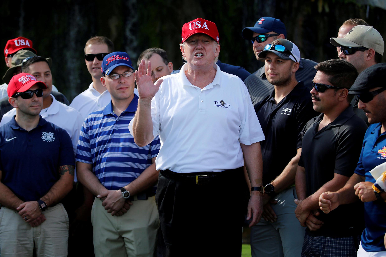 Ngày 28/12/2017, tổng thống Mỹ Donald Trump chơi golf và ngẫu hứng trả lời phỏng vấn báo New York Times