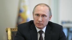 Pró-russos da Ucrânia pedem ajuda a Putin