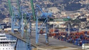 La zone est du port autonome de Marseille.