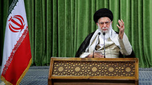 L'Ayatollah Ali Khamenei, guide suprême de la Révolution islamique, en juillet à Téhéran