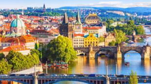 图为捷克首都布拉格一景