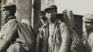Lao động Trung Quốc đến thành phố Lunéville, tỉnh Meurthe-et-Moselle năm 1917.