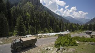 2020-06-17 india china border standoff army soldiers Gagangir Leh