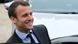 Ministro francês da Economia, Emmanuel Macron, acha que agora é a hora de fazer mudanças que os britânicos bloqueavam.