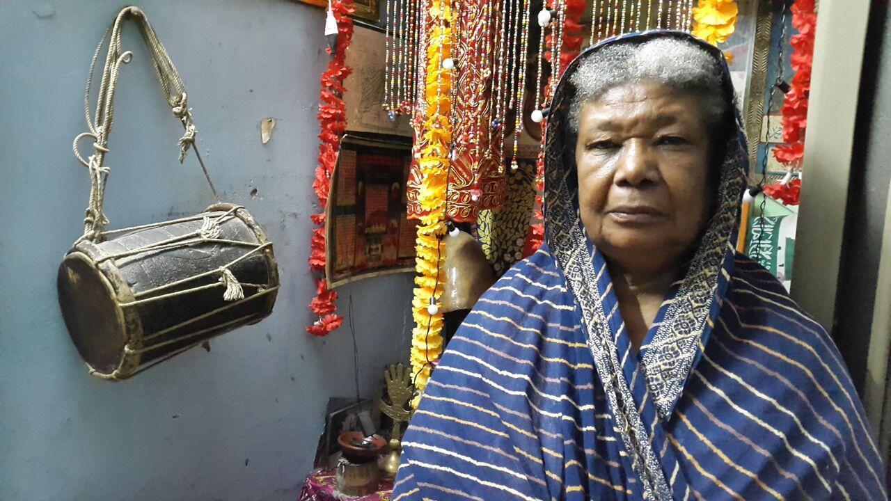 Rumanaben Bilal, chez elle à Ahmedabad.