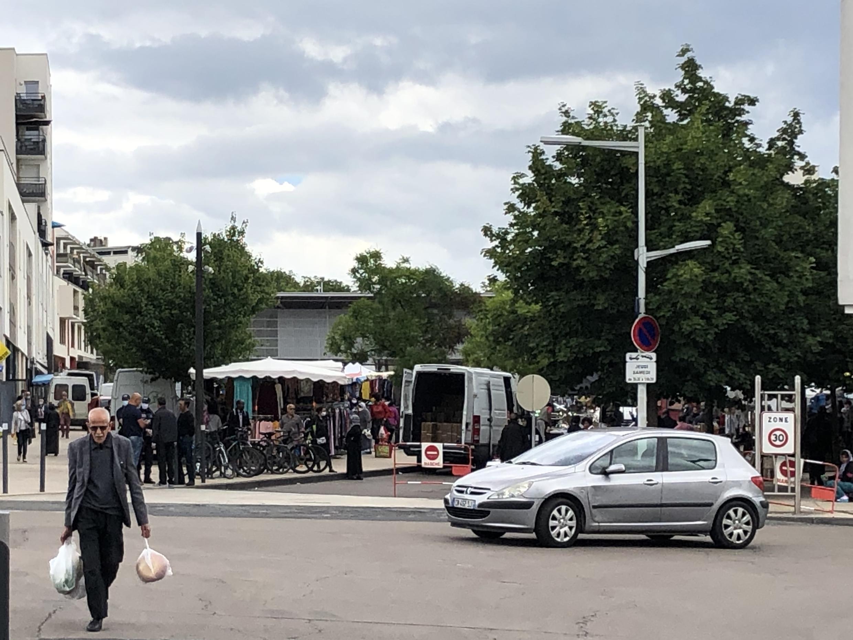Рынок в дижонском квартале Грезий. 18 июня 2020 г.