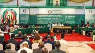 Le dernier sommet de la Cédéao avait eu lieu à Abuja au Nigeria le 21 décembre 2019.