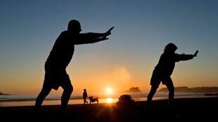 El Tai chi puede ser practicado a cualquier edad.