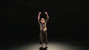 Le spectacle « Chotto Desh », dès 7 ans, au Théâtre des Abbesses à Paris, jusqu'au 6 janvier et en tournée en France jusqu'au 6 mai 2017.