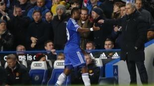 Jose Mourinho yana tabewa da Dan wasan shi Samuel Eto'o