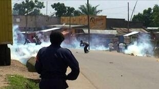 Des heurts ont opposé mercredi 17 août à Beni des manifestants aux forces de l'ordre qui, après avoir tiré en l'air, ont jeté des gaz lacrymogène et chargé la foule. Même scénario deux mois plus tard, après une nouvelle attaque.