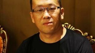 """隋牧青被通知吊销律师执照称感谢当局送""""节日大礼包"""",2018年2月。"""