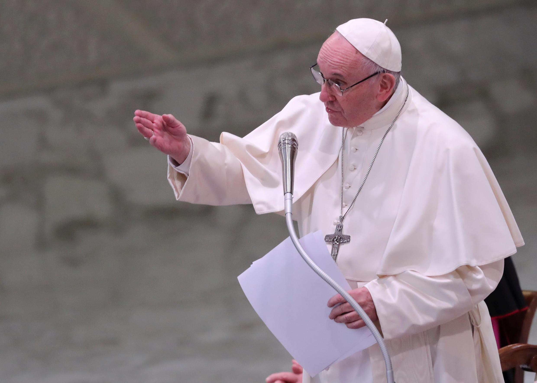 Giáo hoàng Phanxicô đọc diễn văn trước Giáo Triều La Mã, ngày 21/12/2018.