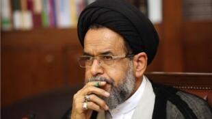 حجت الاسلام محمود علوی، وزیر اطلاعات حکومت تهران با رهبران سازمان حماس ملاقات کرد.