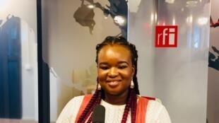 La romancière nigériane Oyinkan Braithwaite en studio à RFI (mars 2019).