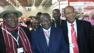 Bakary Togola, président de l'Assemblée Permanente des Chambres d'Agriculture du Mali ; Bokary Treta, ministre du Développement Rural du Mali ;  Abdoulaye Dolo, directeur général adjoint de la Compagnie Malienne pour le Développement des Textiles.