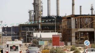 La raffinerie libyenne d'Azzawiya, à Zawiyah, à 50km de la capitale Tripoli.