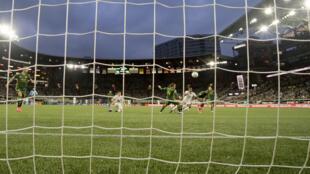 Football - Futebol - Soccer - Bola