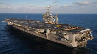 针对朝鲜威胁美国部署的航空母舰乔治华盛顿号 (CVN-73)
