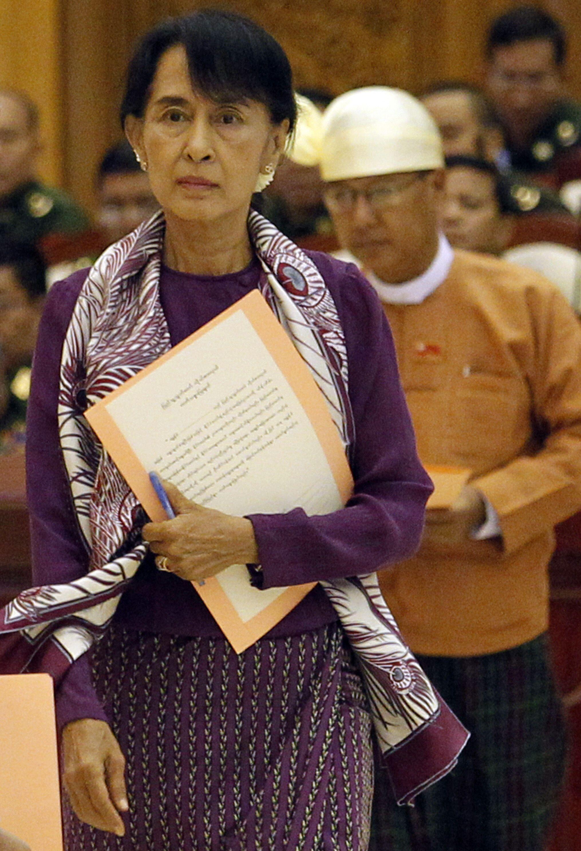 昂山素姬2012年5月2日宣誓正式成為緬甸國會議員