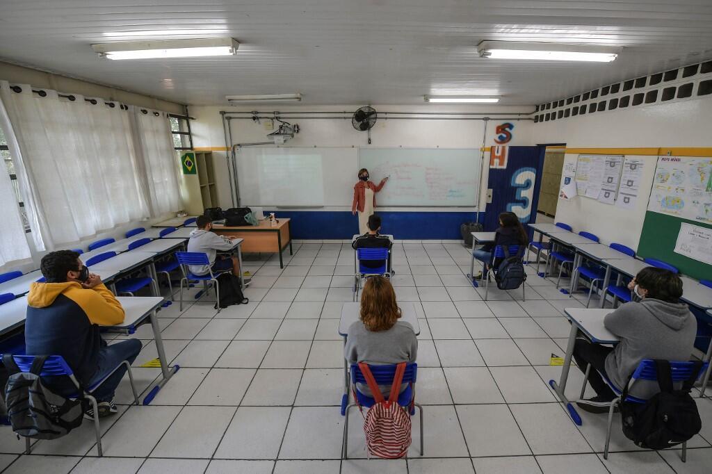 Image d'archive RFI : Au Brésil, beaucoup d'enfants et d'adolescents sont privés d'éducation présentielle depuis plus d'un an.