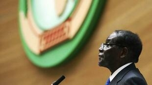 Le président zimbabwéen, Robert Mugabe, à la tribune de l'Union africaine à Addis-Abeba (Ethiopie), le 30 janvier 2015.