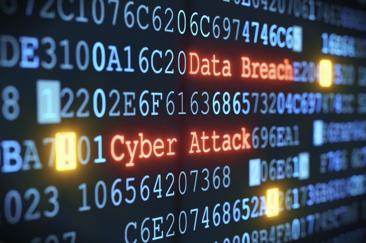 美国政府部门近日遭遇大规模网络袭击,国务卿蓬佩奥认为俄罗斯很可能是幕后操手。