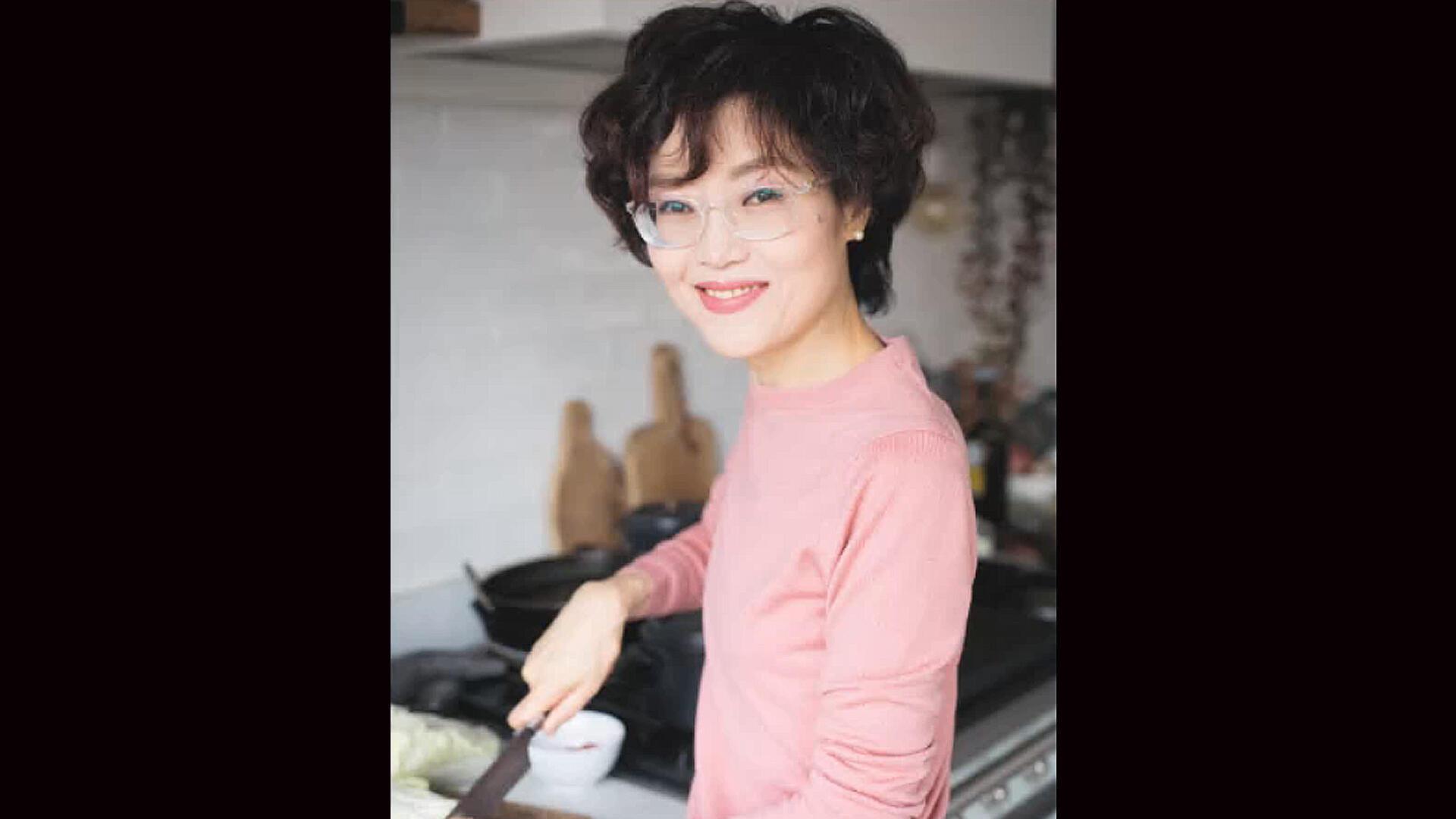 Luna Kyung.