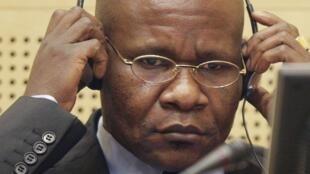 Mathieu Ngudjolo Chui lors de son procès devant la CPI pour crimes de guerre.