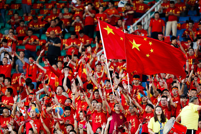 Cổ động viên Trung Quốc trong trận đấu vòng loại World Cup 2018 với Uzbekistan trên sân Vũ Hán, ngày 31/08/2017.