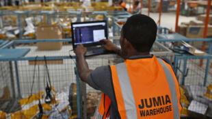 Jumia, entreprise d'origine nigériane, est la première entreprise africaine cotée à Wall Street. Au Sénégal depuis six ans, le mastodonte y compte 2000 vendeurs et un million de références.