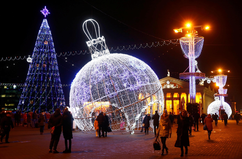 Октябрьская площадь Минска 15 декабря 2017