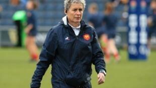 La manager de l'équipe de France féminine de rugby Annick Hayraud lors du match face à l'Angleterre à Doncaster au tournoi des Six Nations le 10 février 2019