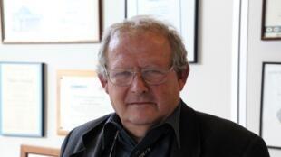 Adam Michnik dans son bureau du journal «Gazeta Wyborcza», à Varsovie, le 9 mars 2018.