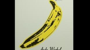 Capa do album banana é um grande adesivo que pode ser descascado.