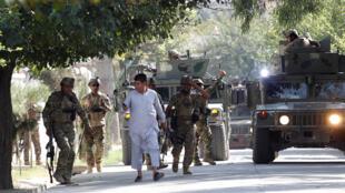 阿富汗东部城市贾拉拉巴德2019年9月18日再次发生袭击行动。阿富汗安全部队抵达袭击地点。阿富汗将于9月28日举行总统选举。