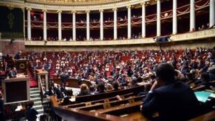 Vue générale de l'Assemblée nationale française lors d'une séance de questions au gouvernement, le 10 septembre 2019.