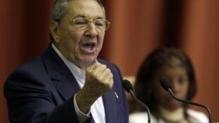 Raúl Castro anunció la liberación de cerca de 3000 presos.