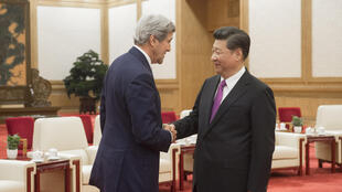 中国国家主席习近平6月7日在北京人民大会堂会见前来参加中美战略与经济对话的美国国务卿克里