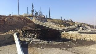 O regime sírio continua atacando os rebeldes nas cidades de Aleppo e Homs