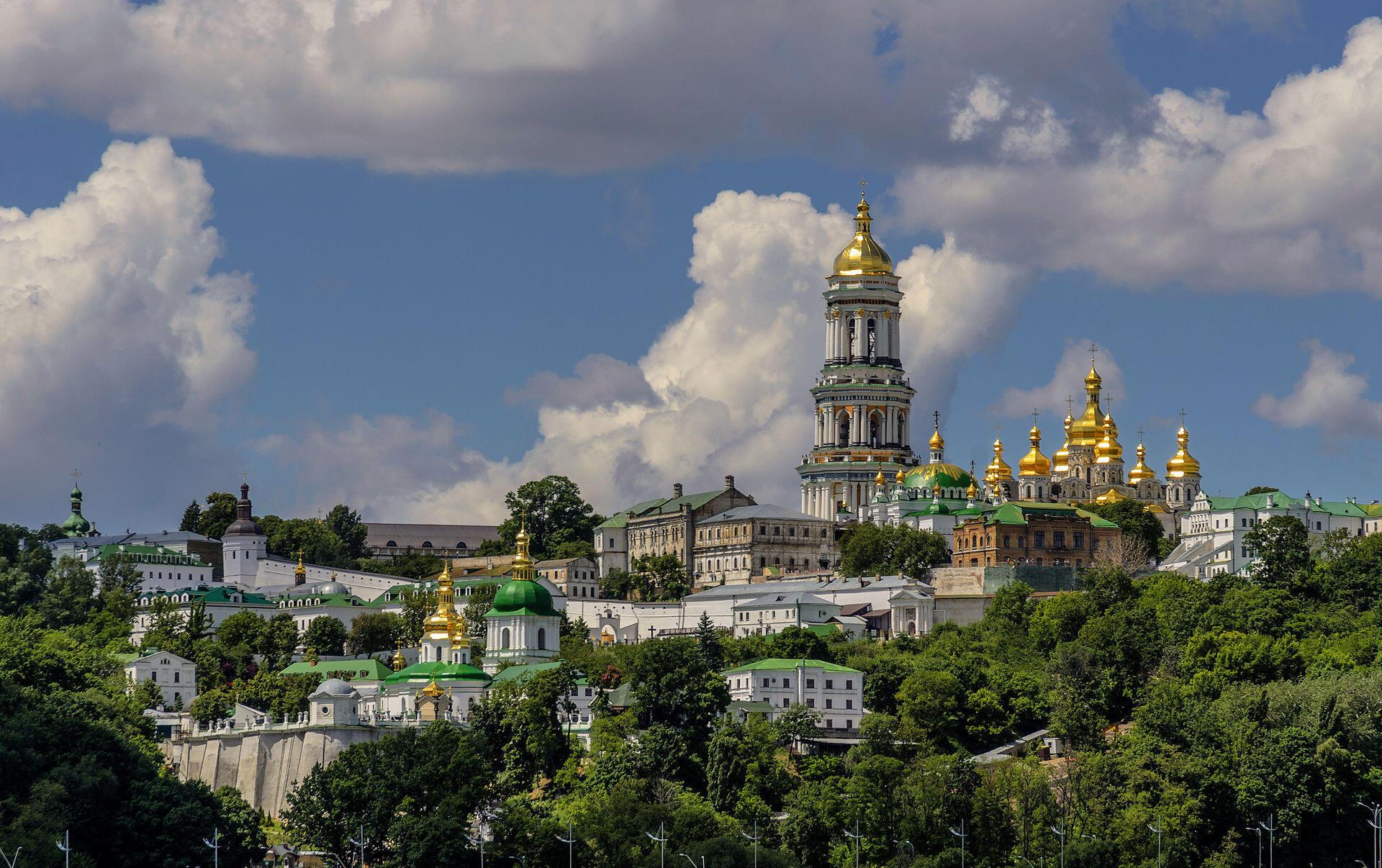 Для изучения украинского иностранцы чаще всего выбирают Киев иЛьвов