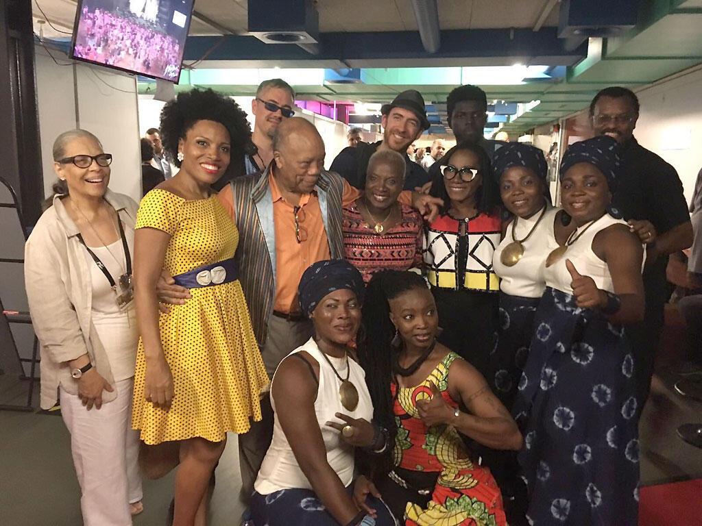 Angélique Kidjo et ses invitées en compagnie de Quincy Jones (Montreux, 10 juillet 2016).