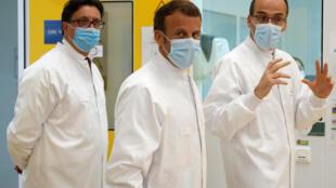 Macron visita Sanofi