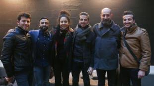 Nonor Belkadi, Amazigh Karim Belkadi, Khiredin Kati, Aida Nosrat, Babak Amir Mobasher à RFI.
