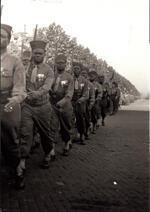 Défilé du 18 juin 1945.