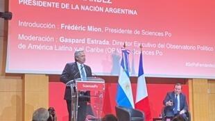 Presidente argentino, Alberto Fernandez, deu palestra para estudantes na Sciences Po de Paris.