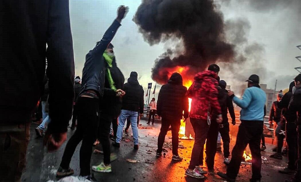 2019_Iranian_fuel_protests_Fars_News_(1)