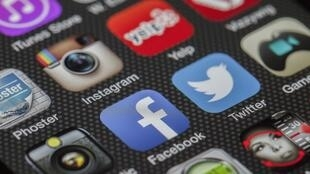Vídeos com cenas de sexo envolvendo uma menina de 15 anos e garotos da mesma idade foram compartilhados nas redes sociais dinamarquesas centenas de vezes.
